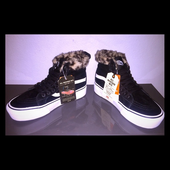 vans shoes black all weather mte 360 w faux fur lining poshmark black vans all weather mte 360 w faux fur lining nwt
